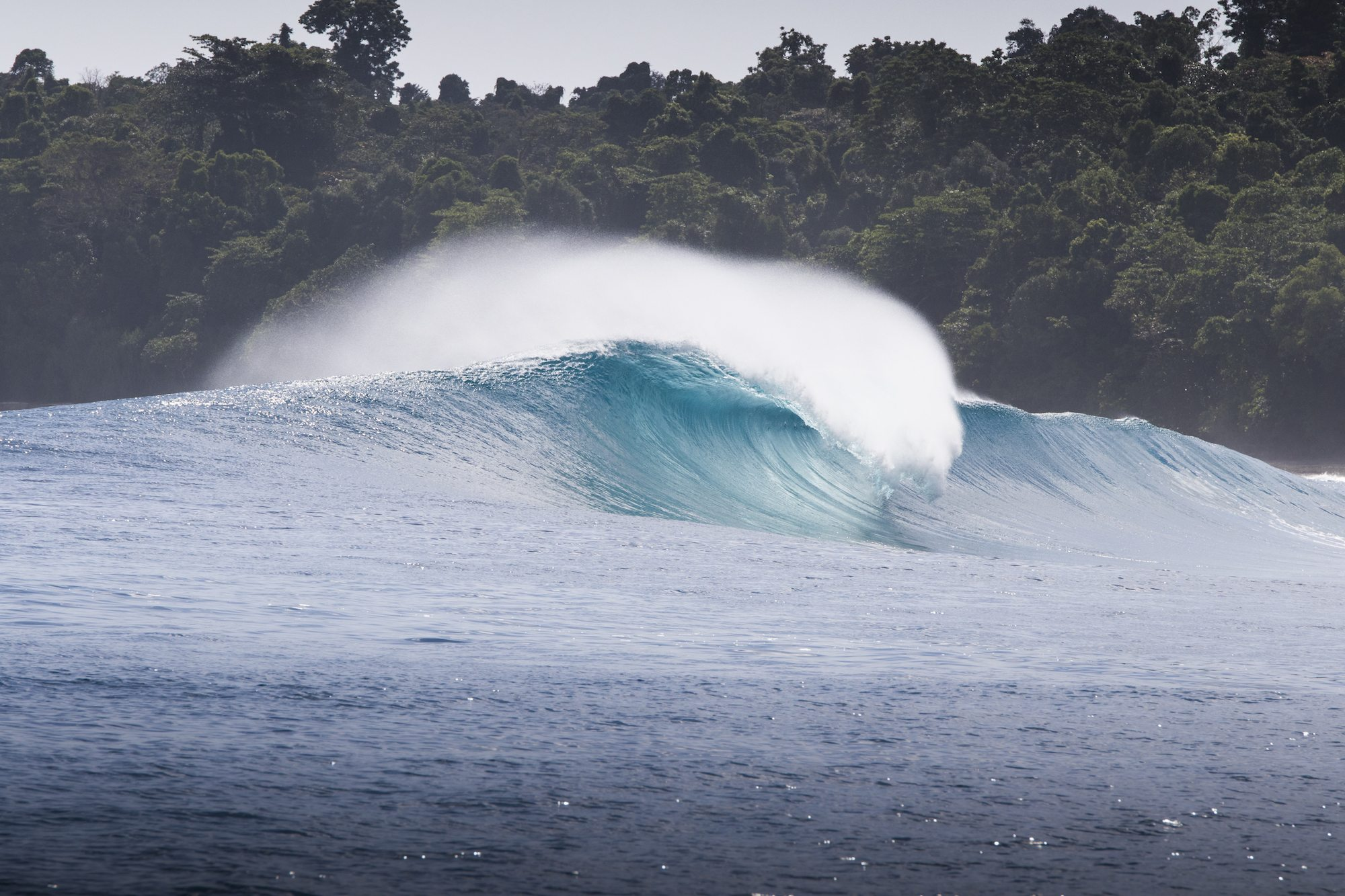 perfect a frame wave view by surf banyak