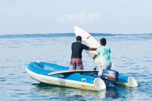 zodiac pickup the surf boards by surf banyak