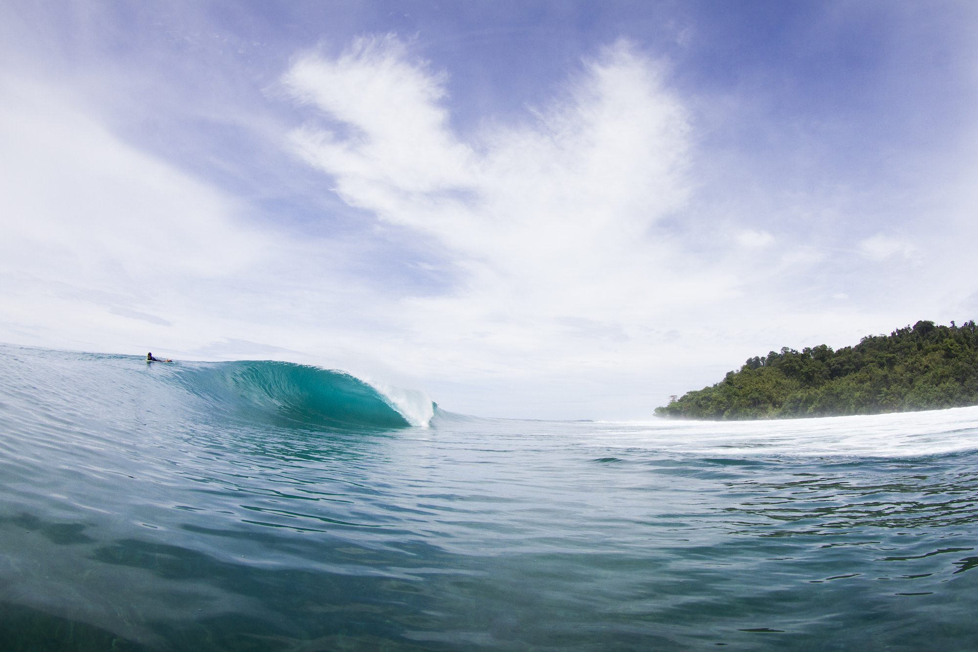 a frame wave, surf banyak