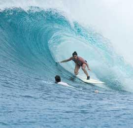 aylana zanville surf banyak